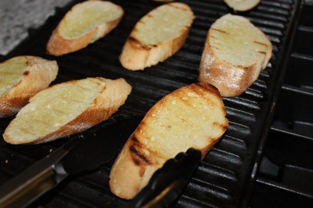 grilled baguette