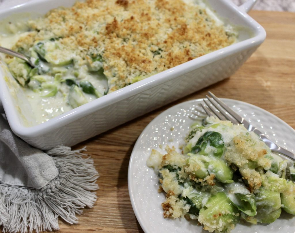 brussels sprouts gratin with spinach and leeks