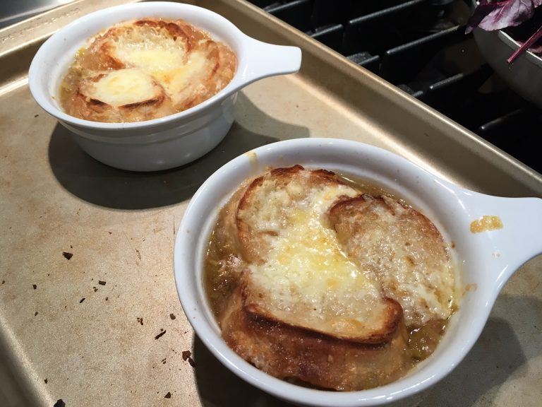 french onion and leek soup