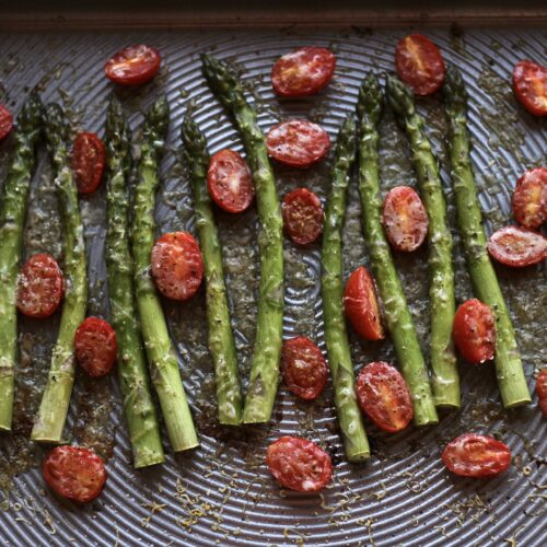 sheet pan asparagus with tomatoes